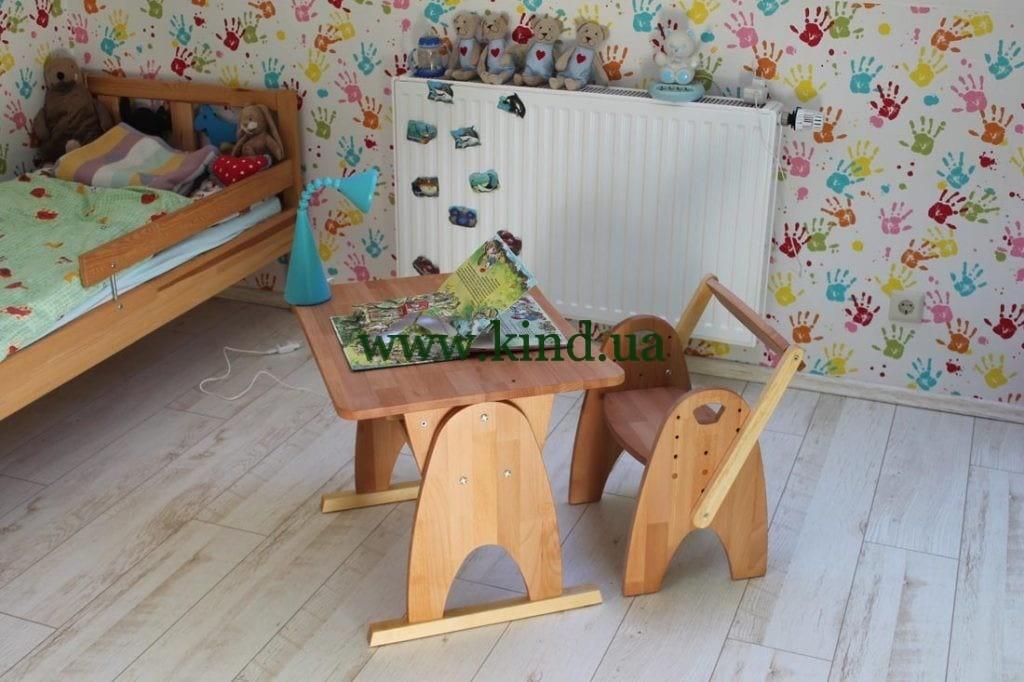 Парта для дошкольников из дерева бука
