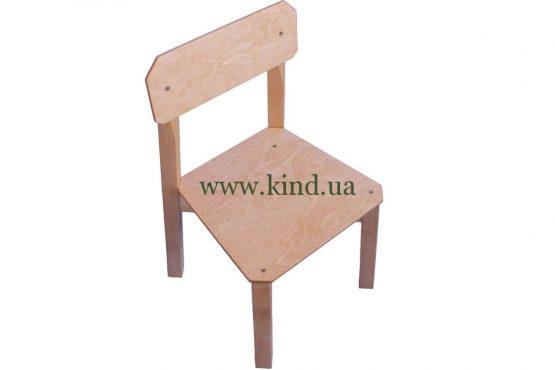 Деревяный стул для малышей