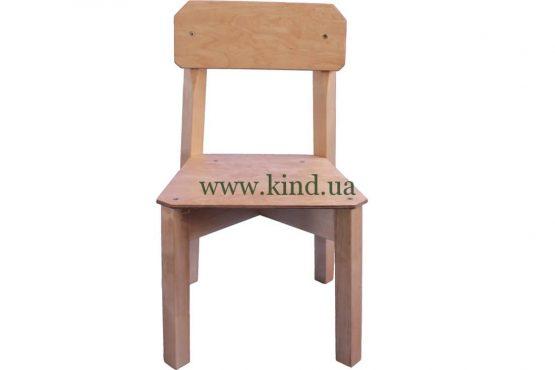 Деревяный стул для детского сада