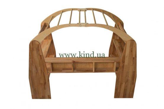 Игровой домик из дерева